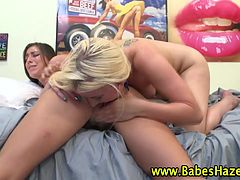 Teen lesbians lick pussy and finger